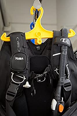 BCD and Regulator Hanger for Scuba Diving Blue (MSRP $14) Scuba Essentials by DiveCatalog