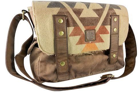 The Walking Dead Daryl Dixon Poncho Messenger Bag ()