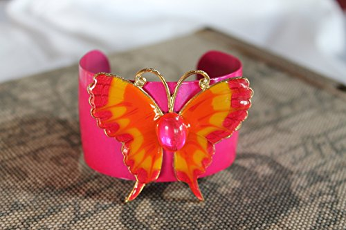 runway-trends-up-cycled-vintage-hot-pink-enamel-bangle-bracelet-swirl-epoxy-pink-yellow-butterfly-br