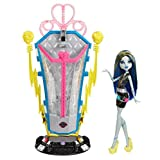 Monster High Freaky Fusion Recharge Chamber Frankie Stein Doll and Playset (Discontinued by manufacturer)