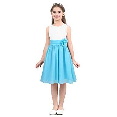 Accesorios para un vestido blanco elegante