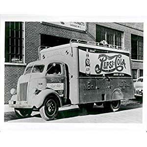 1941 Pepsi Cola Bottlers Truck Factory Photo