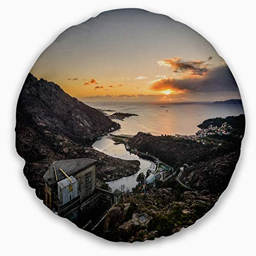 Designart CU15246-16-16-C Ezaro Panorama Galicia Spain' Landscape Printed Throw Cushion Pillow Cover for Living Room, Sofa, 16'' Round by Designart