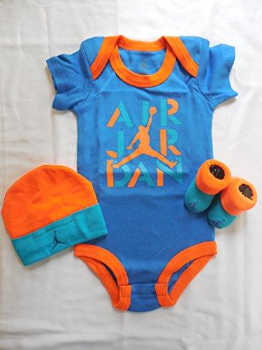 (Nike Michael Jordan Infant Layette 3 Pcs Sets Bodysuit Cap and Booties Size 0-6 MO Blue/Orange)