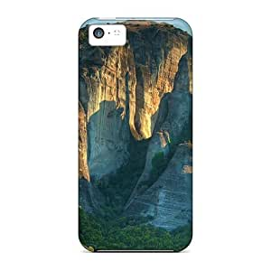High Quality NadaAlarjane All Surrounded By Rocks Skin Case Cover Specially Designed For Iphone - 5c