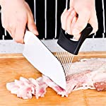 Culinerro - The Best Onion Holder for Slicing All-In-One | Potato holder | Onion Cutter | Onion Chopper Stainless Steel 13 ✅ SUPER QUALITY - Our onion holder is made of high -quality materials. You can be sure that you are choosing an excellent product. ✅ EASY TO USE - The stainless-steel tines make it easy to chop onions with a knife ✅ COMFORTABLE HANDLE - A comfortable handle makes using this product pleasant for both left- and right-handed people.