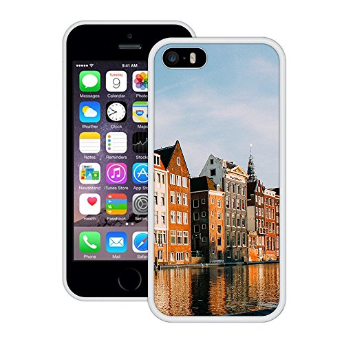 Gebäude am Wasser   Handgefertigt   iPhone 5 5s SE   Weiß Hülle