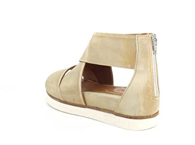 079d1e0c94f Bussola Womens Peggy Doeshkin Washed Nappa Sandal - 40  Amazon.ca  Shoes    Handbags