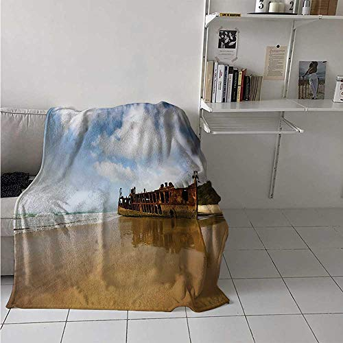 maisi Shipwreck Digital Printing Blanket Antique Rusty Pirate Ship Wreck on The Coast in Caribbean Island Pacific Sea View Summer Quilt Comforter 62x60 Inch Multicolor