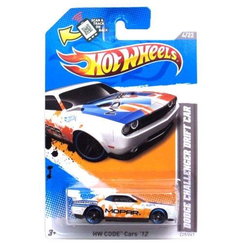 Hot Wheels White Orange/blue Trim Dodge Challenger Drift Car 2012 Hw Code 4/22 229/247