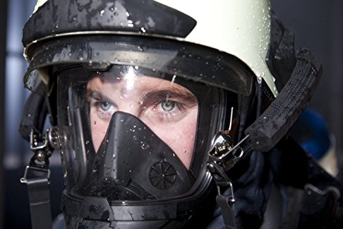 German Civilian Draeger FPS 7000 Full Face Mask, Medium, Highly Chemically Resistant EPDM Rubber. Excellent  for Hazardous Conditions With Poor Visibility by Drager (Image #2)
