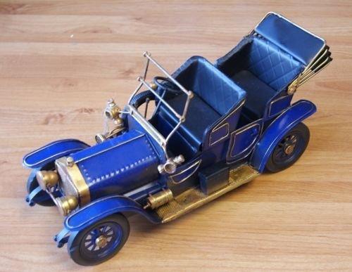 Metallo stagno modello vintage classico blu auto Model LP27899–classico vintage blu auto Lesser & Pavey