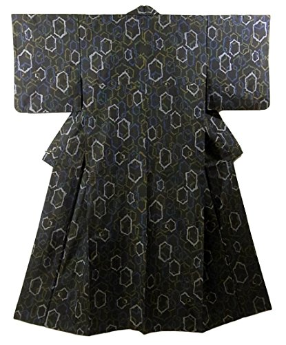 リサイクル 着物 織りの着物 重ね亀甲模様 正絹 袷 裄63.5cm 身丈160cm