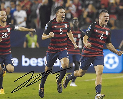 Jordan Morris, USA, United States National team, Signed, Autographed, 8X10 Photo, a Coa with the Proof Photo of Jordan Signing Will Be Included...