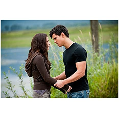 Twilight Taylor Lautner As Jacob With Kristen Stewart As Bella 8 X