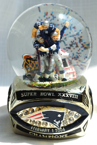 England Numbered - Rare New England Patriots Super Bowl 38 (XXXVIII) Champions collectible ring base snow Globe