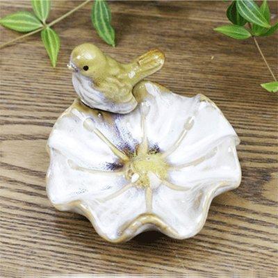 TYFhxo European Creative And Lovely Home Ceramic Ashtray, Bird Dried Fruit Plate, Living Room Office Tea Table Decoration.white (Ashtray Bird)