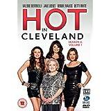 Hot in Cleveland - Season 2 Volume 1 [DVD] by Valerie Bertinelli