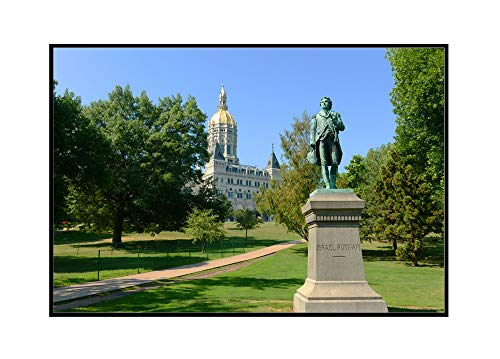 Hartford, Connecticut - State Capitol Building with Statue of Israel Putnam - Photography A-94725 (36x24 Framed Gallery Wrapped Stretched Canvas)
