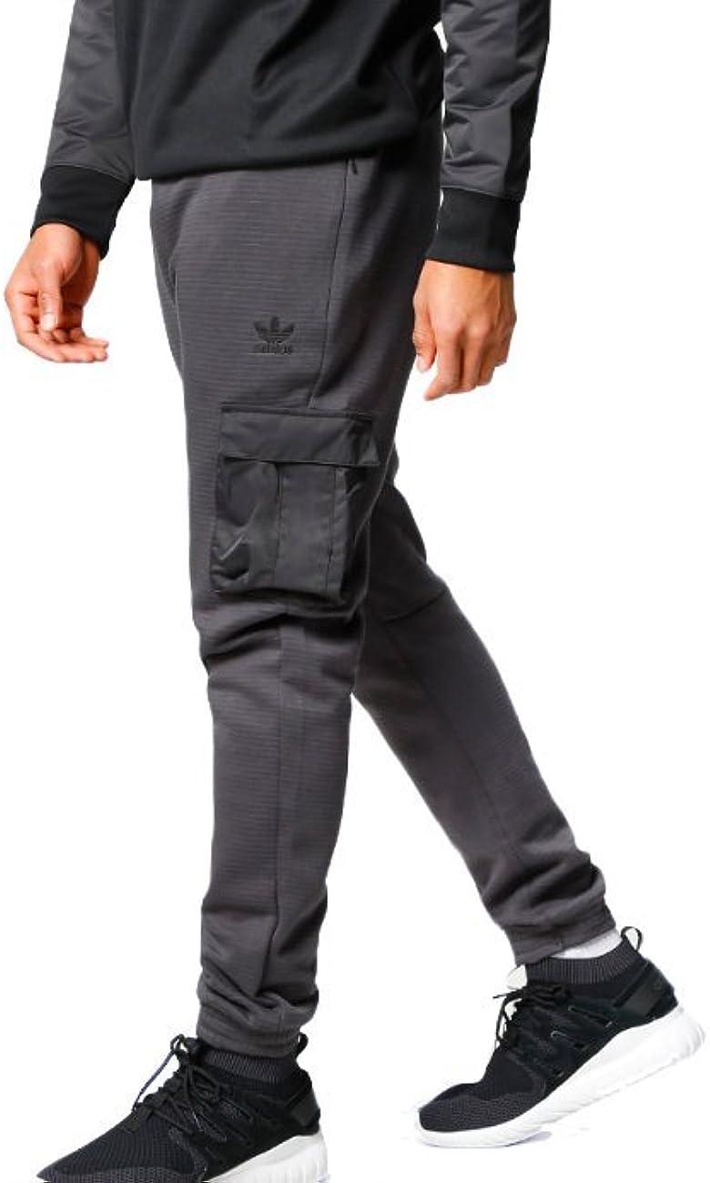 dormitar Reposición Efectivamente  adidas Originals Shadow Tones Carrot Track Pants at Amazon Men's Clothing  store