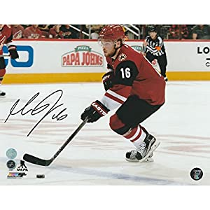 Max Domi Autographed Arizona Coyotes 8X10 Photo