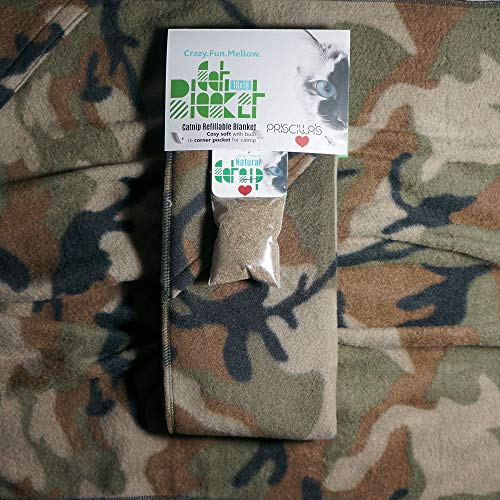 Priscilla's Pet Products Cat Blanket 18 x 18 Cozy Soft with Built in Corner Pocket for Catnip (Free Catnip Included) (Camo)