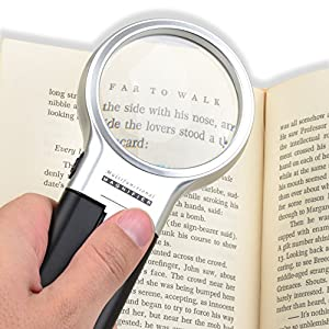 """Handsfree, Potable,3X Magnifying Glass Light Set. Comes with Soft Cleaning Cloth, Travel Pouch, and 3 Great Tips on """"How to use your Magnifier Effectively""""."""
