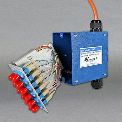 DINSpace SNAP-12SC-SM Compact Fiber Optic Patch Panel
