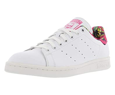 factory authentic 5eb80 914f7 Amazon.com | adidas Originals Stan Smith Casual Girl's Shoes ...