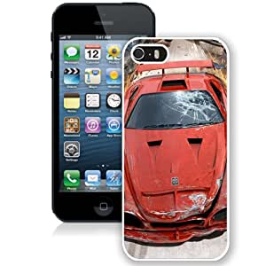 5S case,Burnout Crash Car Accident Sparks Road Speed White iPhone 5s cover