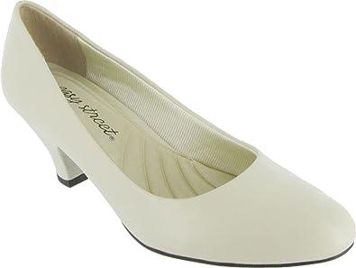 Size 8.5 Bone Easy Street Womens Fabulous Closed Toe Classic Pumps