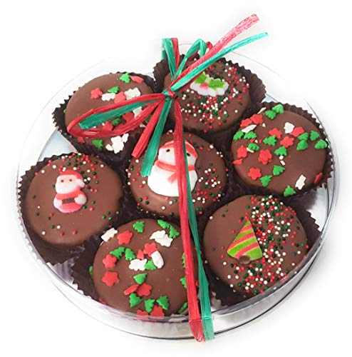 Olde Naples Christmas Chocolate Dipped Oreo Cookies, Hand decorated Gift Basket with 7 Oreo Cookies, Milk Chocolate