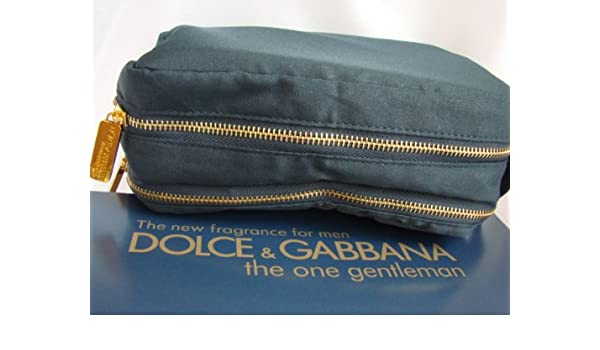 a0d286c744 Amazon.com   Dolce   Gabbana The One Gentleman Toiletry Bag for Men   Beauty