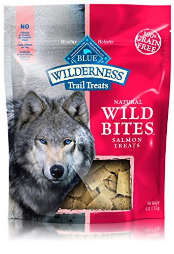 BLUE Wilderness Trail Treats Grain Free Wild Bites Salmon Recipe Dog Treats 4-oz