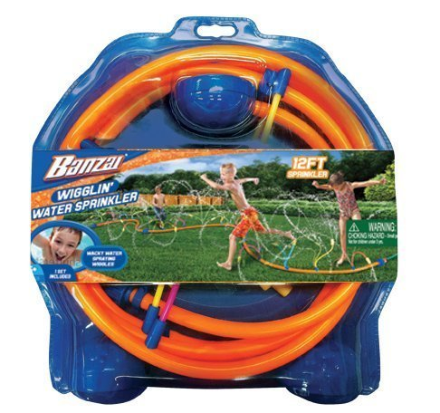 Banzai Wiggling Water Sprinkler (12 Foot Wacky Adventure Summer & Spring Sprinkle Spray Splash Toy - Backyard Fun ) (1 Pack) by Banzai