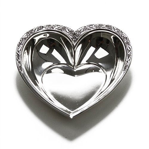 Valencia by International, Sterling Nut Dish, Heart Shaped ()