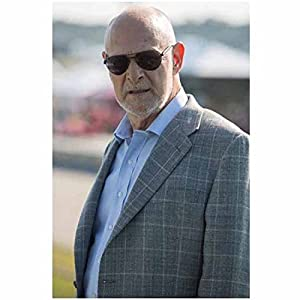 Focus Movie 2015 Gerald McRaney as Owens Wearing Sunglasses in a Suit Closeup 8 x 10 Photo