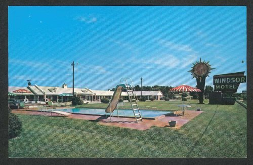 (Windsor Motel Swimming Pool & Slide US 301 Summerton SC postcard 1960s)