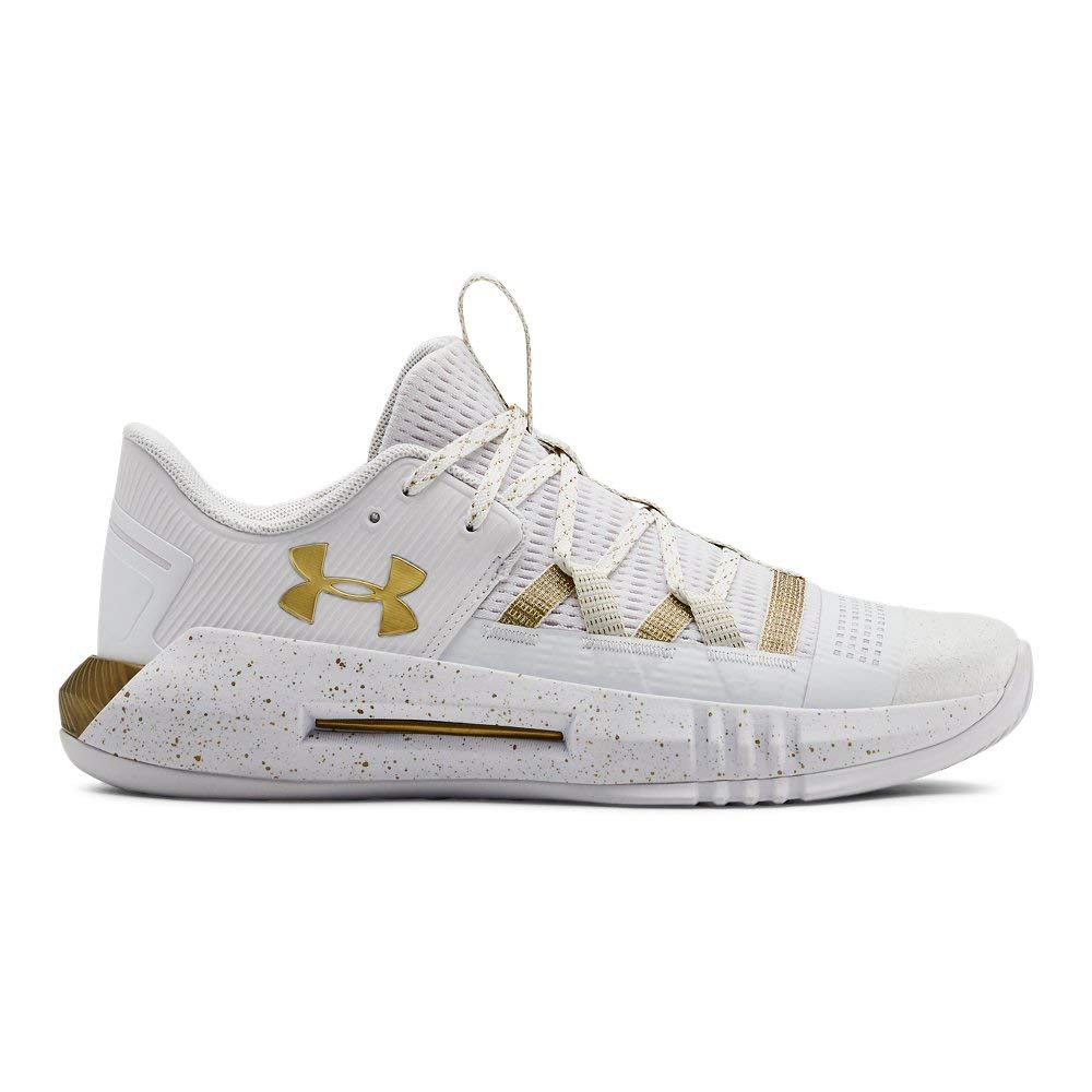 Under Armour Women's UA Block City 2.0 Volleyball Shoe, White (100)/Metallic Gold, 8.5 M US by Under Armour