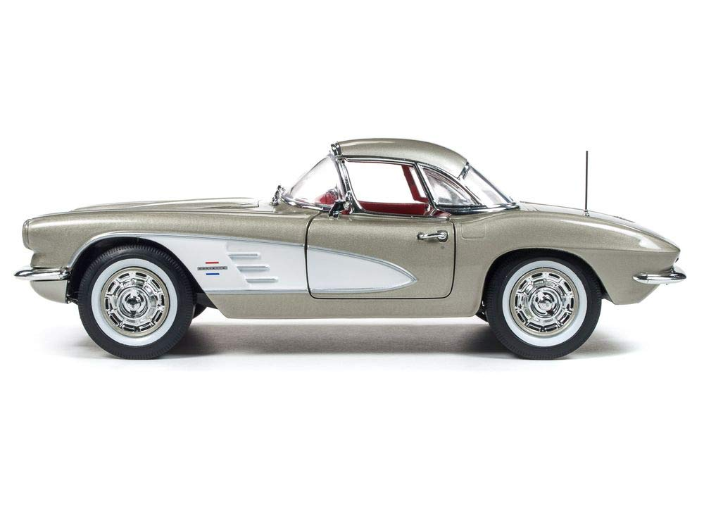 1961 Chevrolet Corvette Hard Top Fawn Beige Muscle Car & Corvette Nationals (MCACN) Limited Edition to 1002 Pieces Worldwide 1/18 Diecast Model Car by Autoworld AMM1151 by Auto World (Image #1)