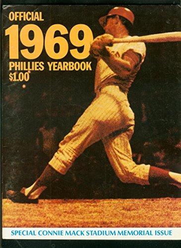 PHILADELPHIA PHILLIES TEAM YEARBOOK-1969-BASEBALL--MLB VF