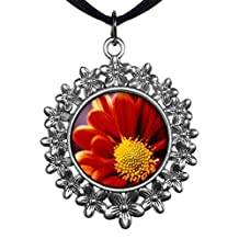 GiftJewelryShop Ancient Style Silver Plate Orange Daisy Christmas Wreath Charm Pendant Necklace