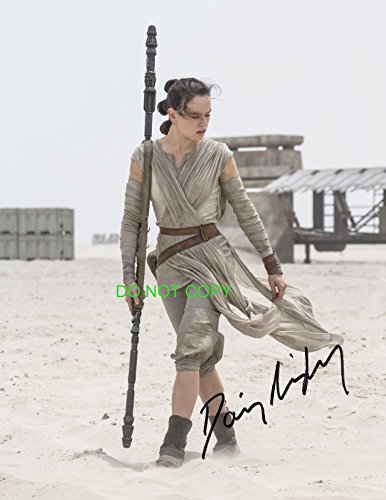 Daisy Ridley as Rey reprint signed autographed photo #1 Star Wars Force Awakens RP
