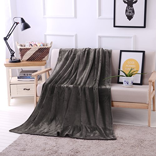 Luxury Oversized Flannel Velvet Blanket product image