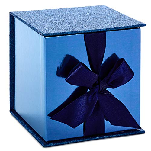 (Hallmark Signature Small Gift Box with Fill (Navy Blue)