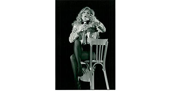 Amazon.com: Vintage photo of Dalida performs at the Palais des Sports in Paris: Entertainment Collectibles