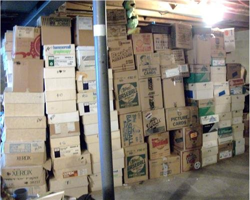 BASEBALL CARD STORAGE UNIT AUCTION FIND ~ INVESTMENT BOX OF 600+ CARDS LOADED WITH STARS &Amp; ROOKIES