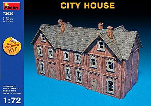 Miniart 1:72 - City House (multi Coloured Kit)