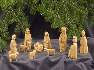 Krippenmanufaktur Bethlehem - Figuras de la Natividad del Belén (11 piezas, talladas a mano en madera de olivo, altura aprox. 9 cm). Figuras de la Natividad del Belén talladas a mano en madera de olivo. Altura de pie de cada una aprox. 9 cm.