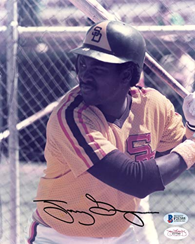 Tony Gwynn Autographed Photo - Tony Gwynn Autographed 8x10 Photo San Diego Padres Beckett BAS #F21355